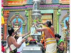 Besichtigung des hinduistischen Tempels in Hamm am 13.12.2014