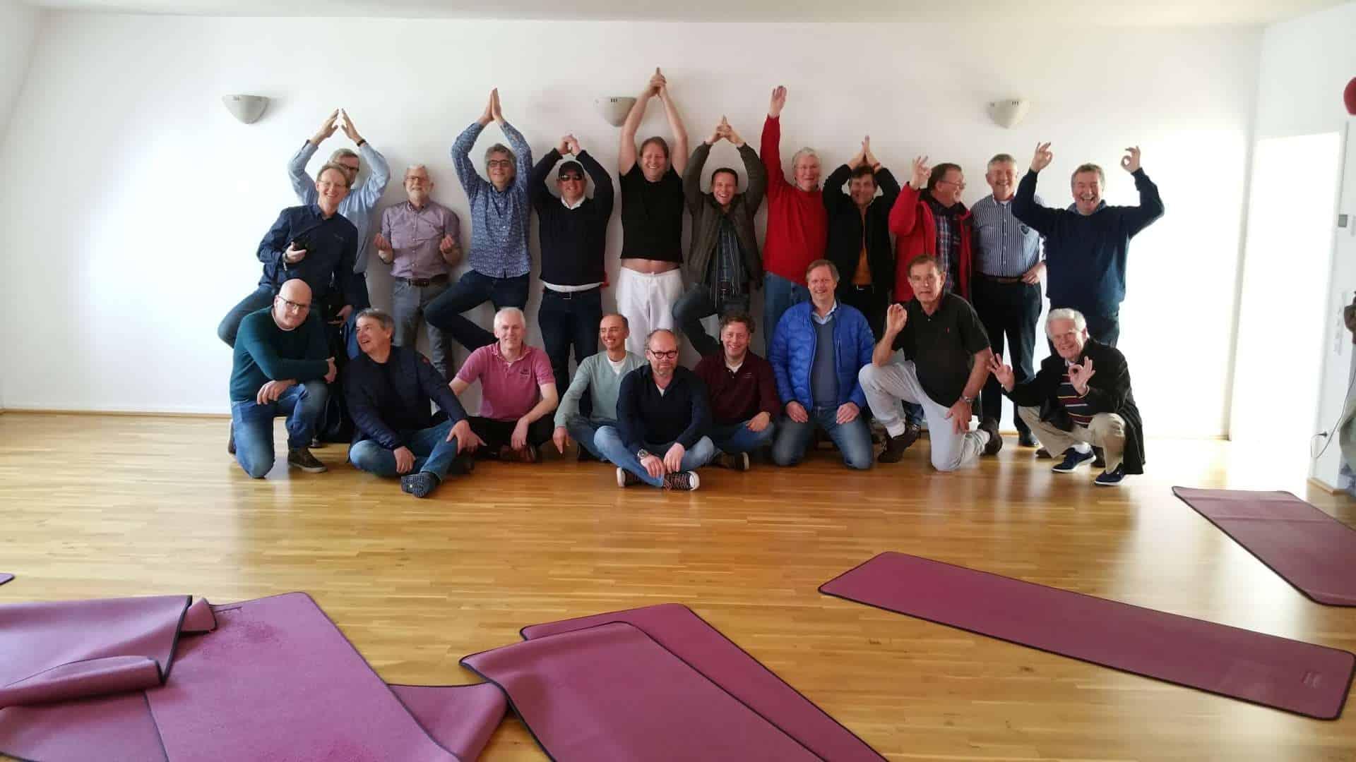 25 Männer schwebten durchs Tal – der Lions Club aus Holland zu Gast in der Tripada Akademie ® –
